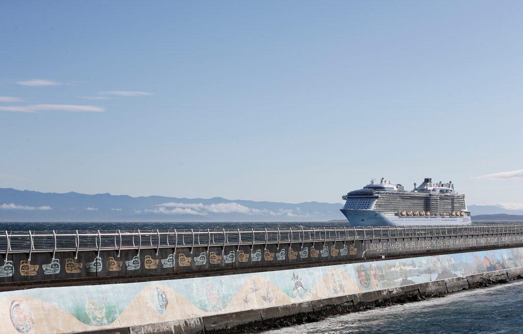 GVHA-Crystal-Cruises-Ovation-Celebrity